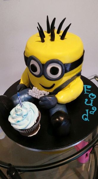 Minion with a Cupcake